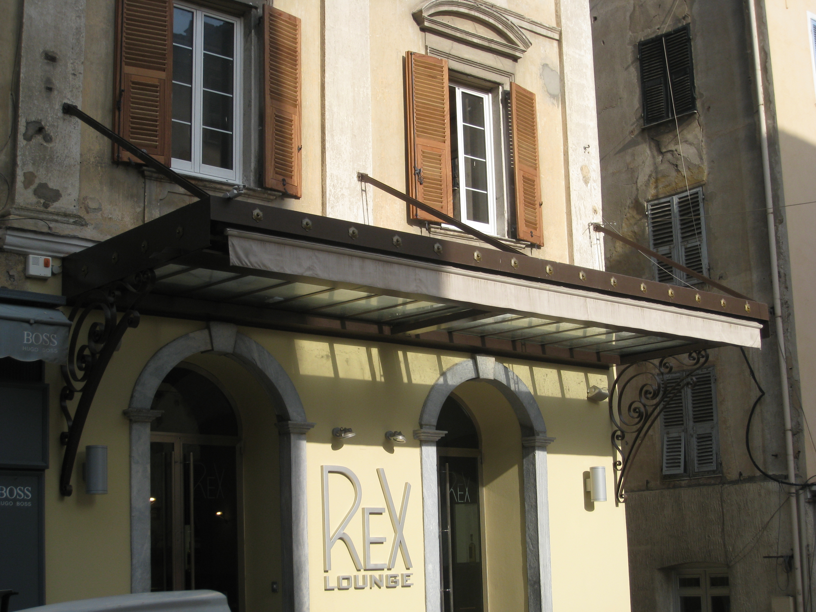 Bar REX - Corte