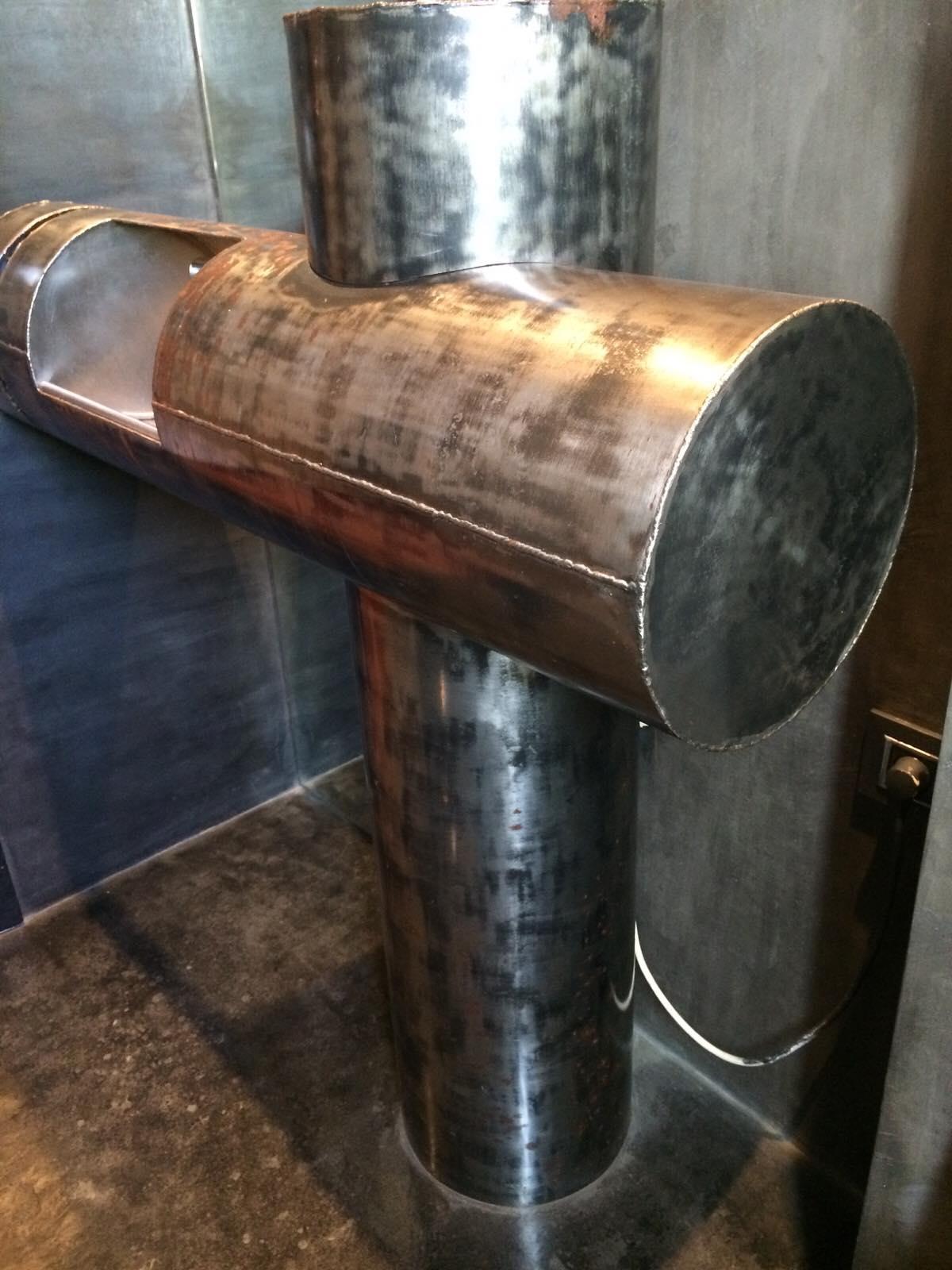 Vasque en métal