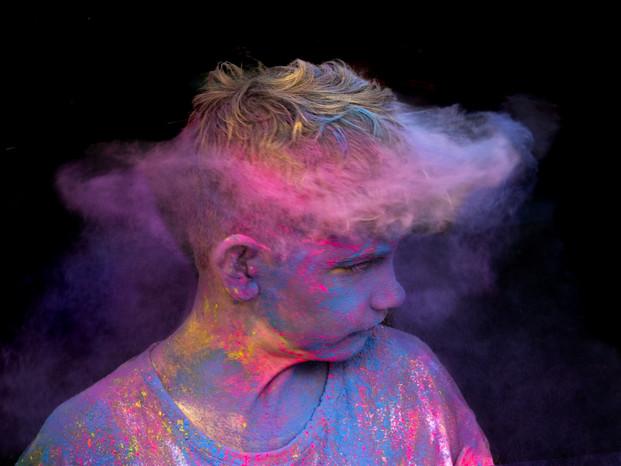 A head so full of colour