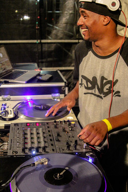 DJ FLASH por Marcos Lobo
