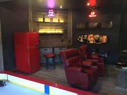 Man Cave - Lounge