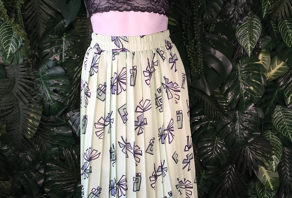 Mint green graphic 90s skirt (size 14)