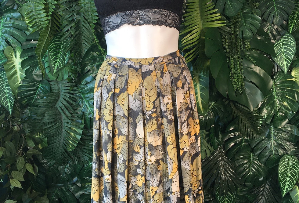 90s floral skirt (size 14)