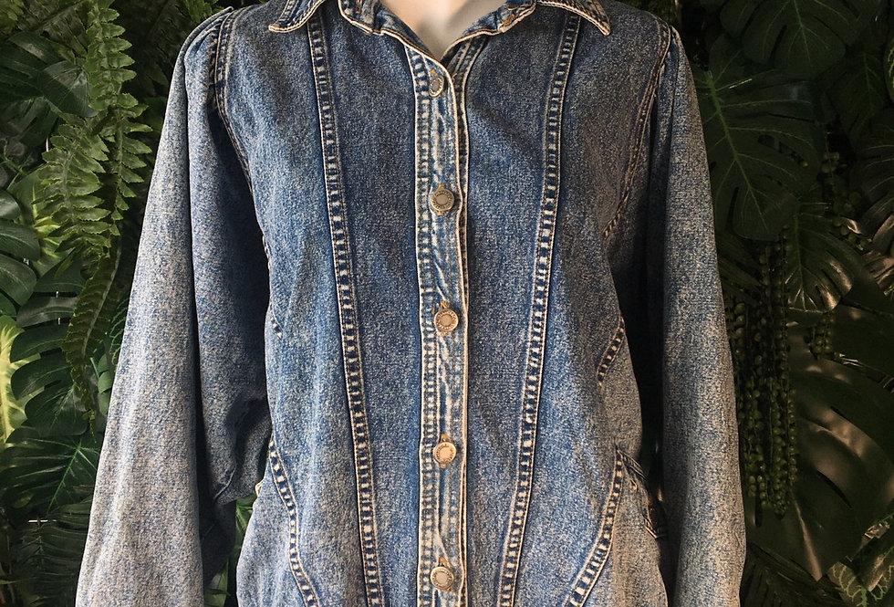 Cisco acid wash denim jacket with stoned motif (L)