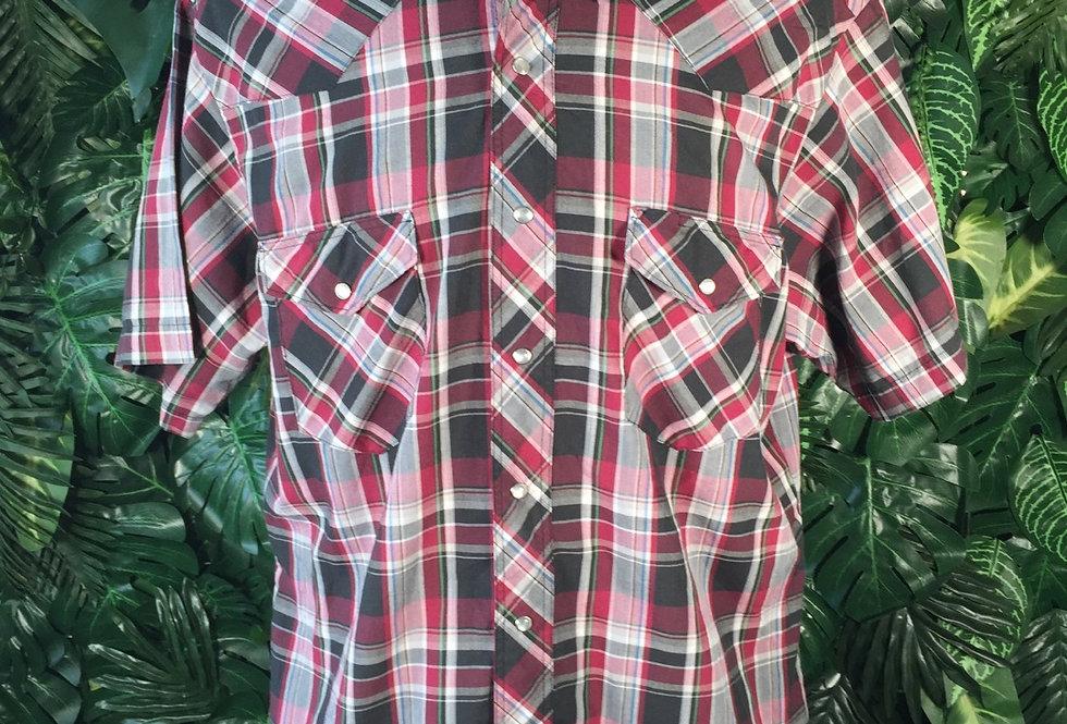 Wrangler short sleeve plaid shirt (L)