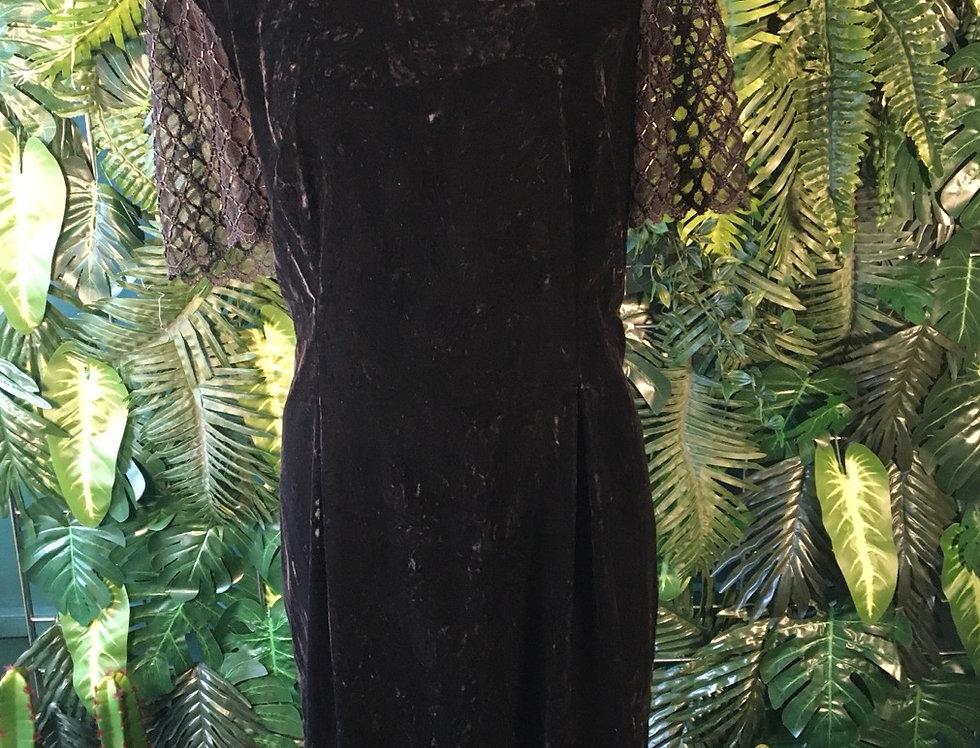 Laggy London Velvet Dress With Beaded Sleeve (14)