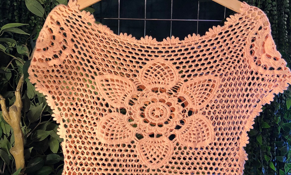 Peach crop crochet