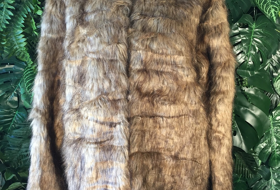 Round neck faux fur coat