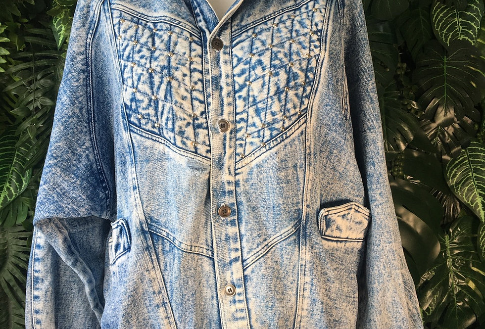 Studded acid wash denim jacket (M)