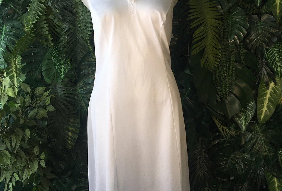 Ivory slip with lace trim (size 12)
