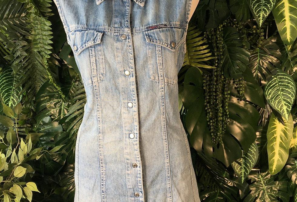 Davi's & Co. sleeveless denim shirt dress (size 14-16)