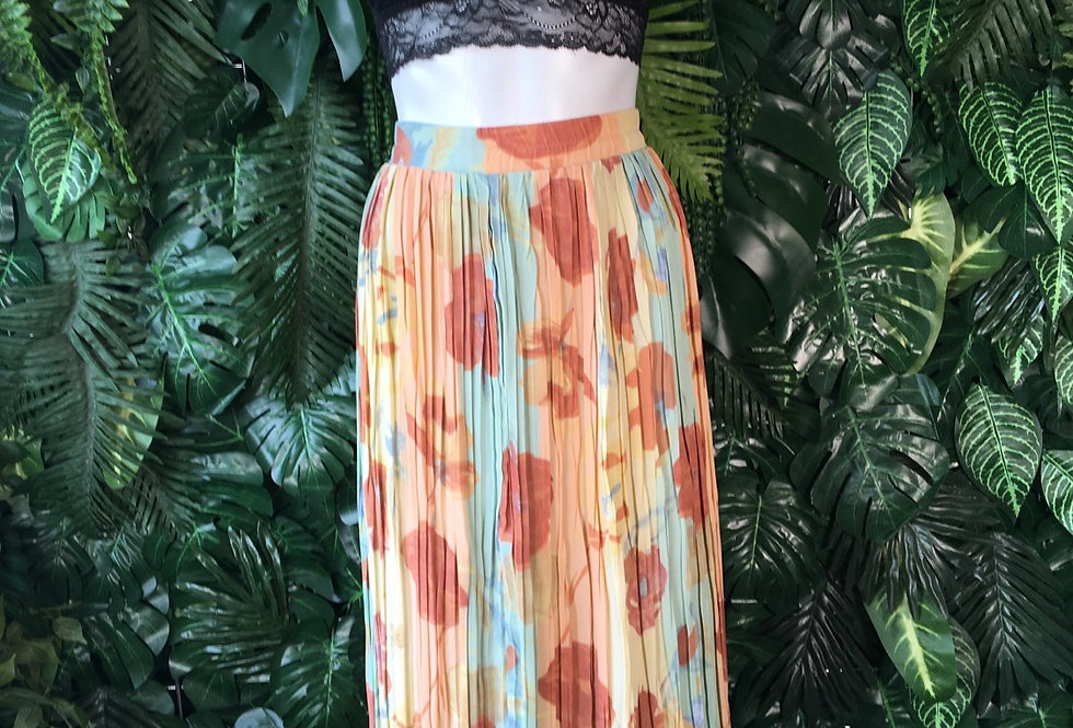 Floral pleated skirt (size 16)