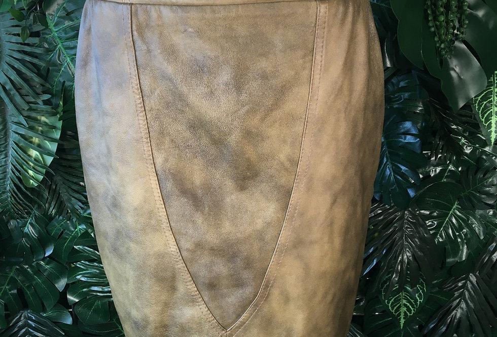 Mottled khaki leather (skirt)