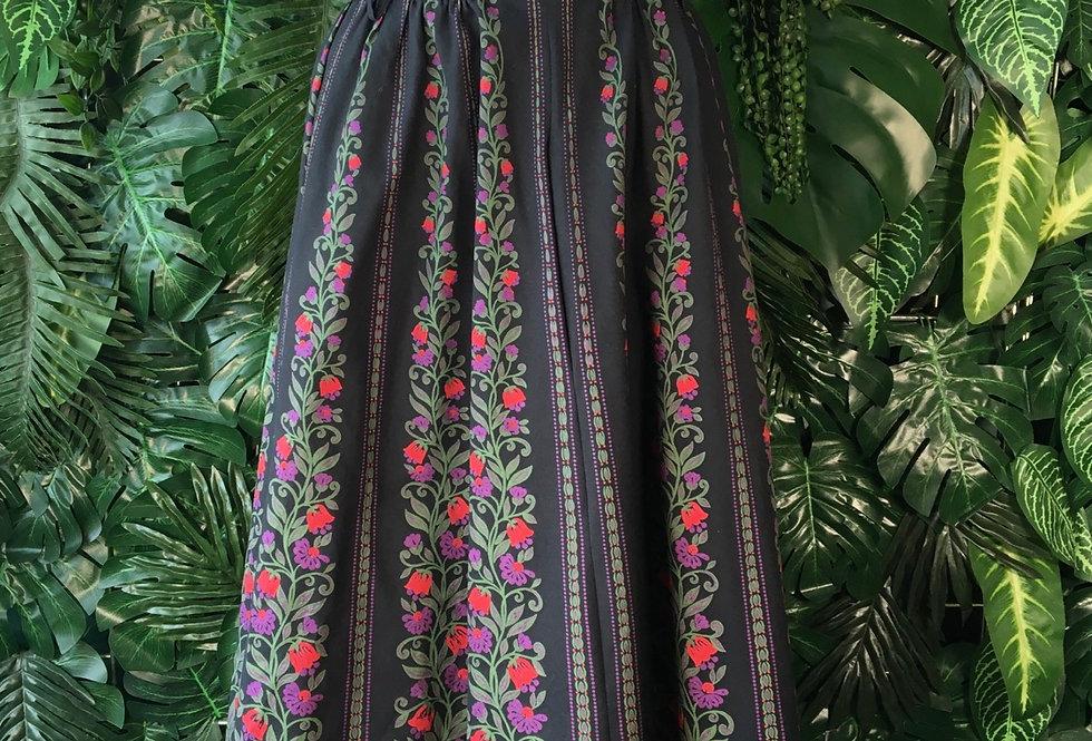Graphic flower skirt (size 42)