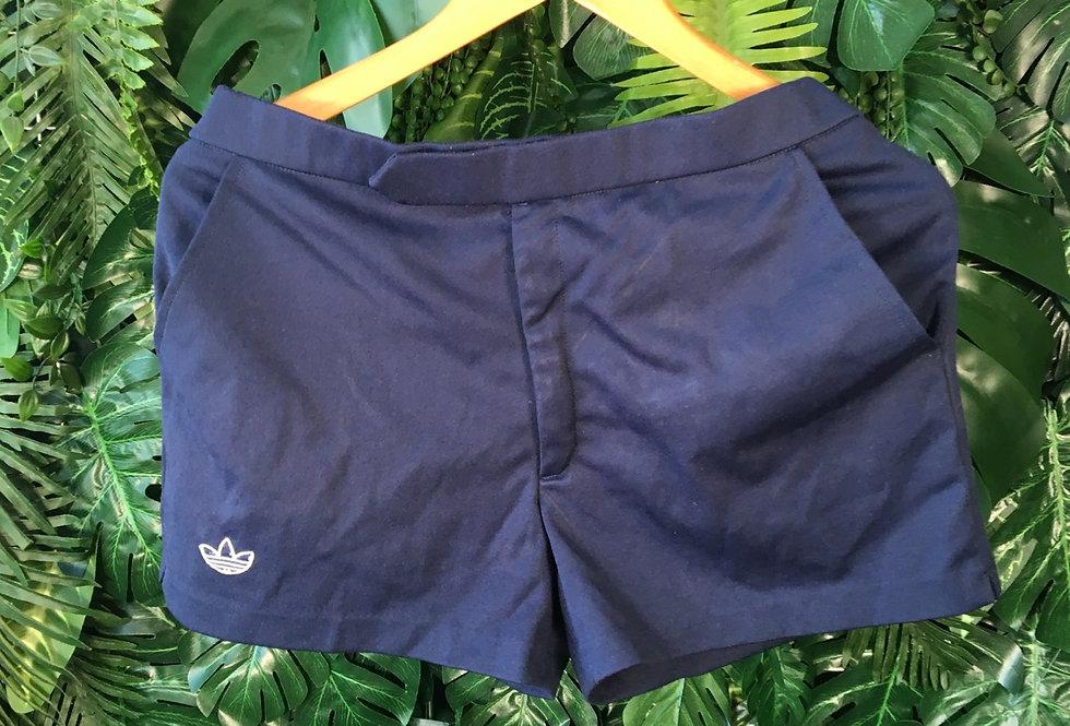 "Vintage Adidas tennis shorts (33"")"