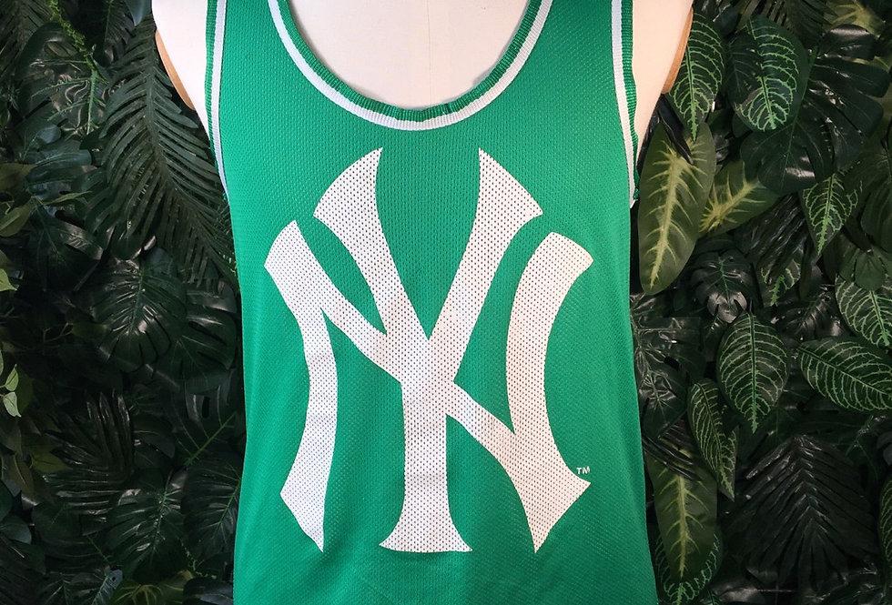 Official MLB Yankees vest (S)