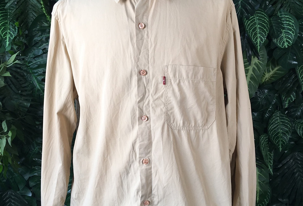 Levi's red tab shirt (L)