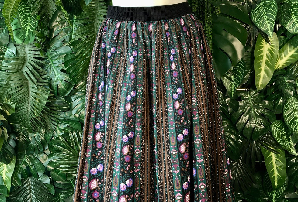 Landhouse Mode tyrol skirt (size 10)