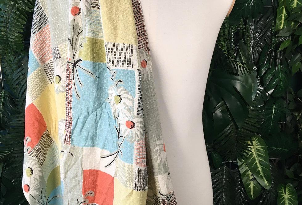 Lightweight daisy fabric