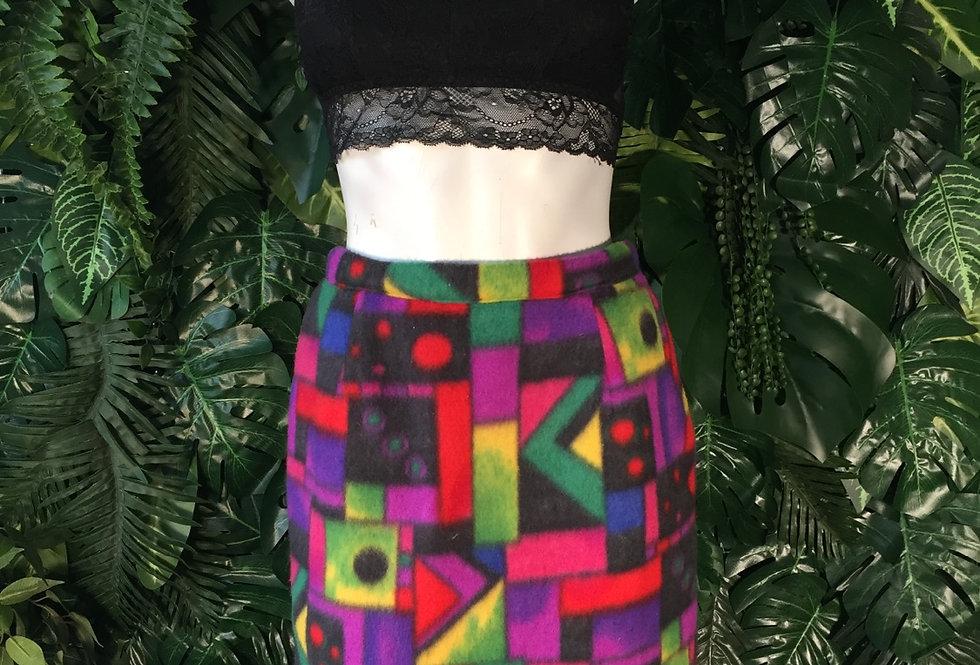 Cute 90s print fleece skirt (size 8)