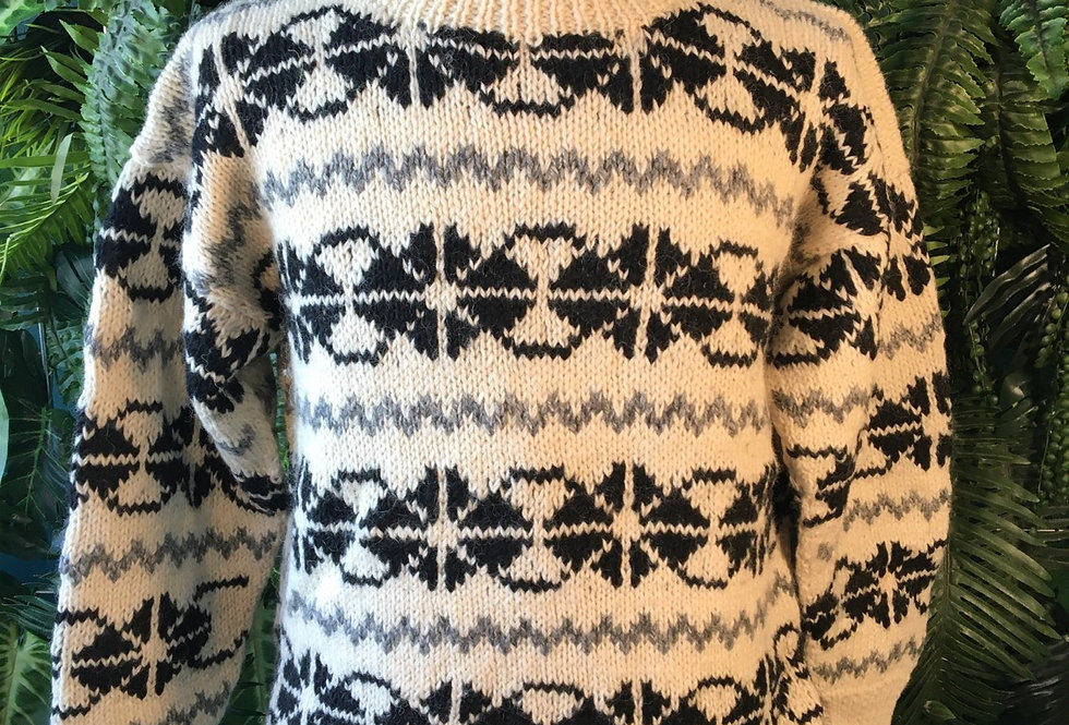 Hand Knit Sweater (L)