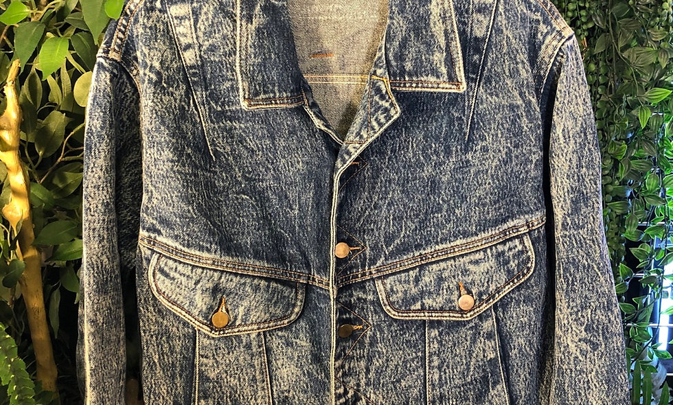 Magnet denim jacket