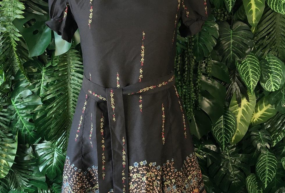 Floral cap sleeve mini dress (Size 10)