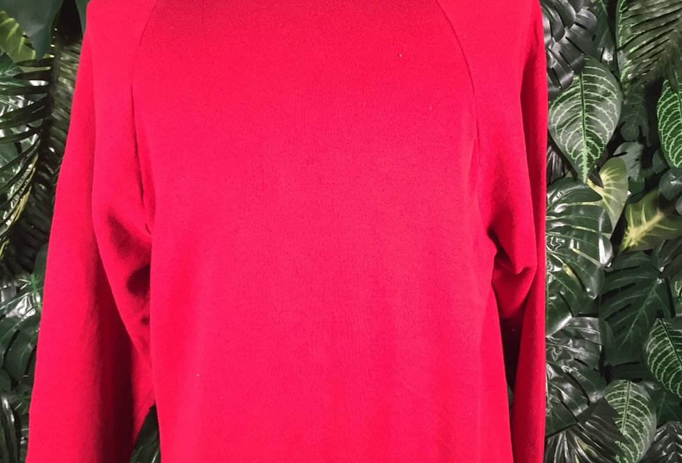 Fruit of the loom red crew neck (L)