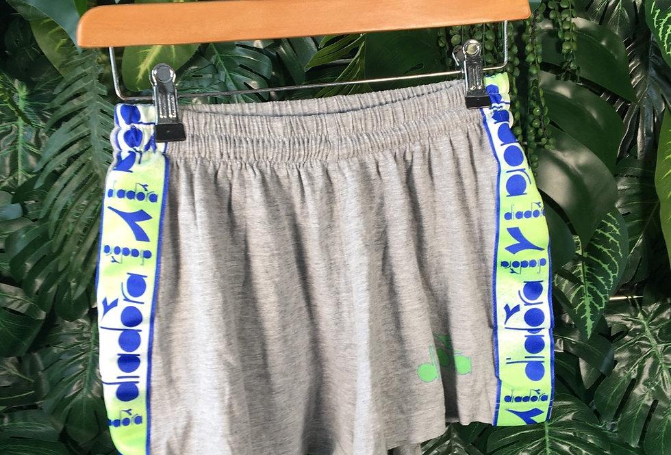 Diadora sweat shorts (s)