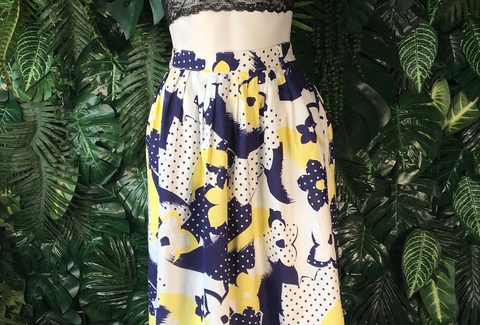 Graphic floral skirt (size 42)