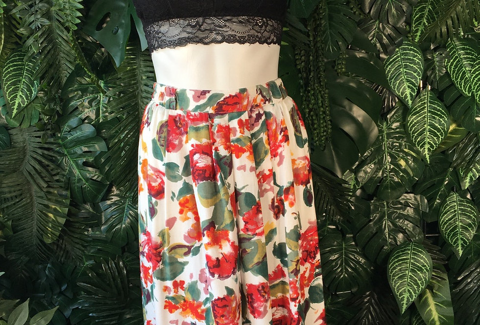 Pleated floral skirt (size 40)