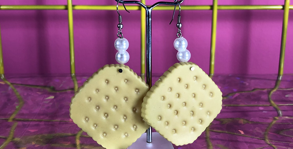 Cracker earrings
