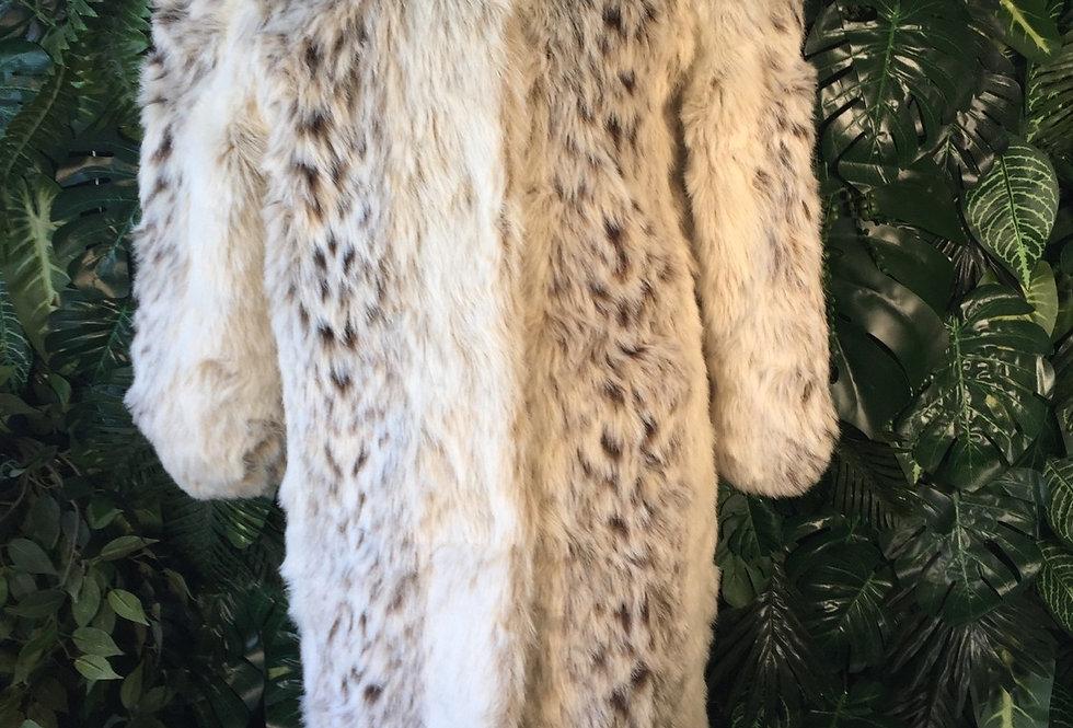 Glam full length faux fur coat (M)