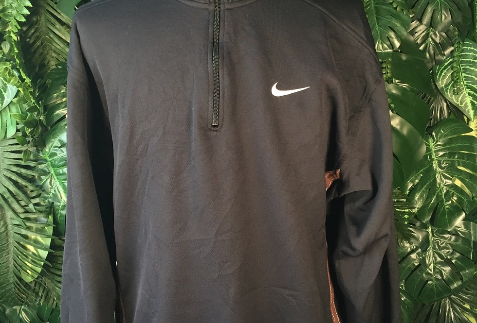 Nike dri-fit pullover (M)