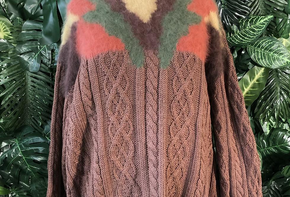 Pulled wool design Aran knit