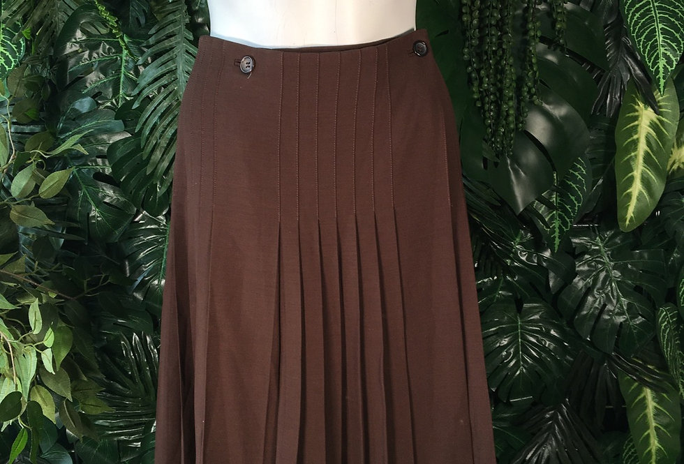 Trends Les Copain pleated wrap skirt (size 44)