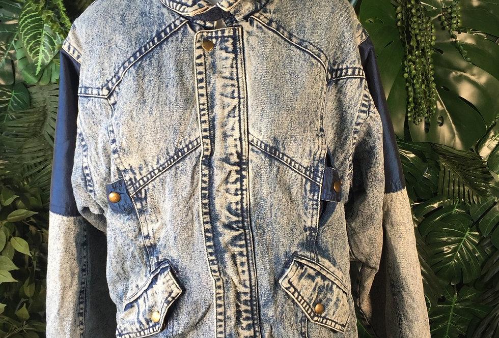 Eagles ridge acid wash denim jacket (M)