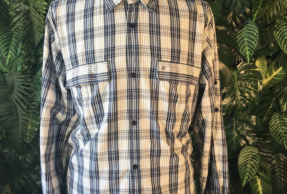 Wrangler check shirt (L)
