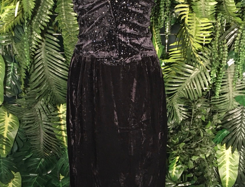 Connected Apparel Velvet Dress (12)