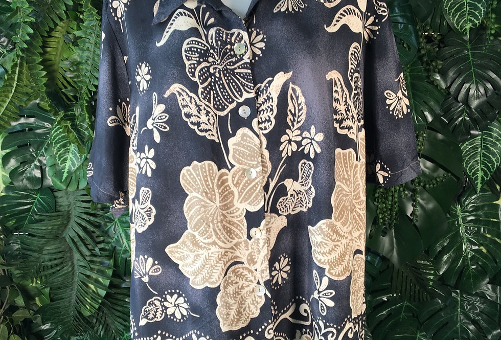 Scala hibiscus blouse (size 46)