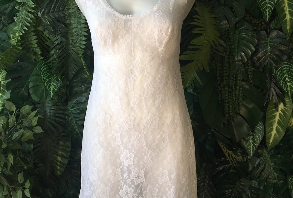 White slip with lace panel (size 18)