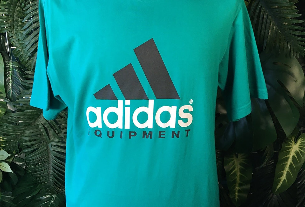 Adidas Tee (L)