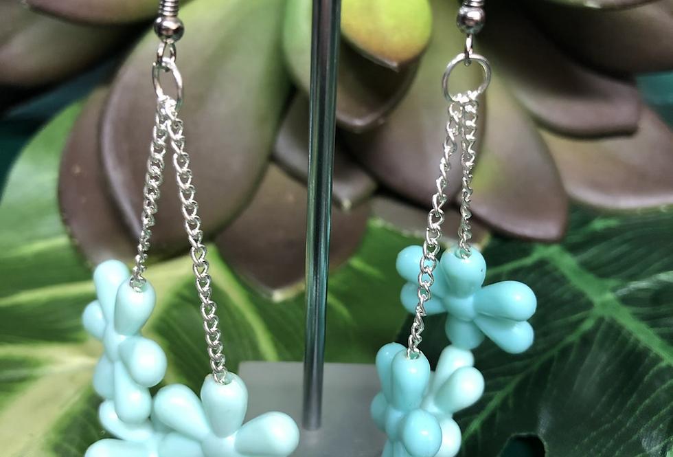 Daisy chain earring