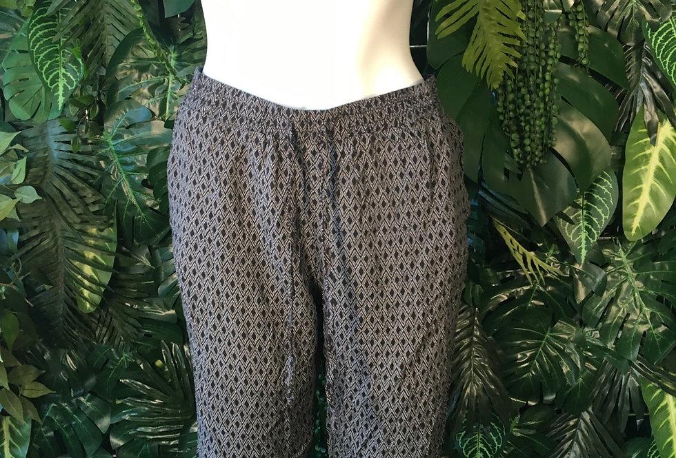 Monochrome shorts (size 10-12)