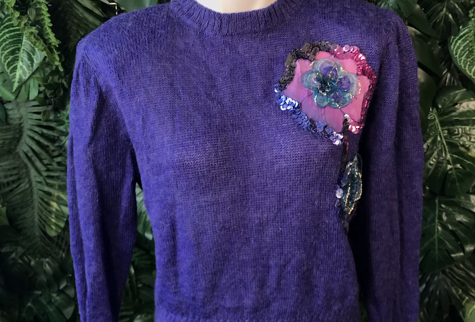 1980s floral motiff knit (small to medium )