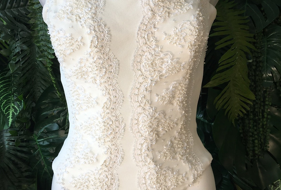 Beaded pearl corset (size 6)