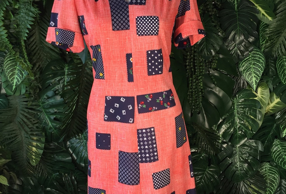 1970s printed dress (size 16)