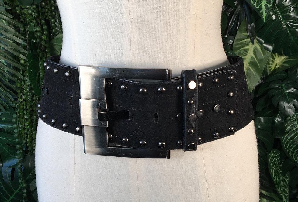 Chunky studded belt