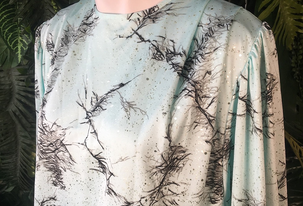Abstract shimmer blouse (size 16-18)