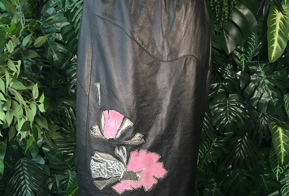 Vera Pelle flower patch leather skirt (size 8)